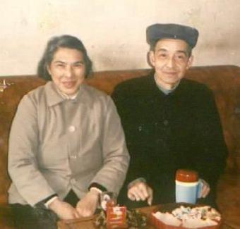 父亲沈光仪、母亲刘含芝纪念馆