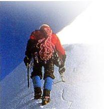 国内单人登上珠峰的第一人--阎庚华勇士